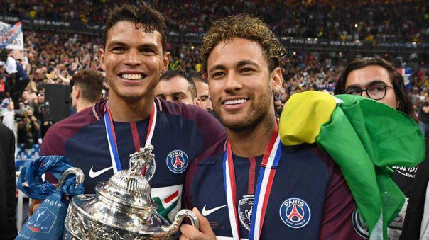 Neymar fichó por el PSG en 2017