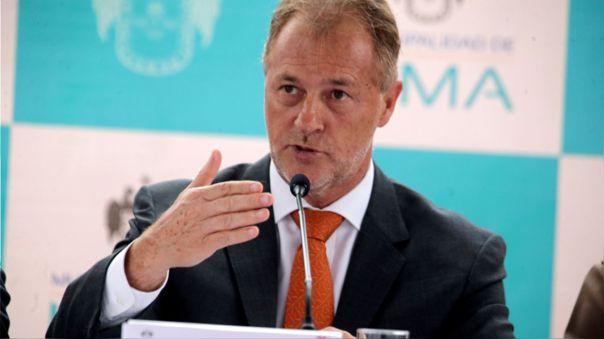 Alcalde Jorge Muñoz señaló que esperó que le consultasen sobre la vuelta del fútbol en Lima