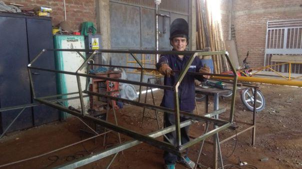 Fredy Gonzáles, el soldador de Ferreñafe que construyó una cápsula de aislamiento para pacientes con COVID-19