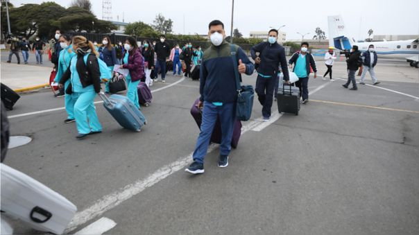 Médicos retornan a Loreto.