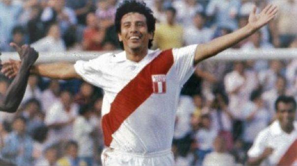 César Cueto jugó en los mundiales de 1978 y 1982