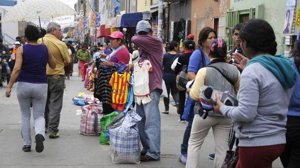 EsSalud advierte riesgo del comercio ambulatorio.