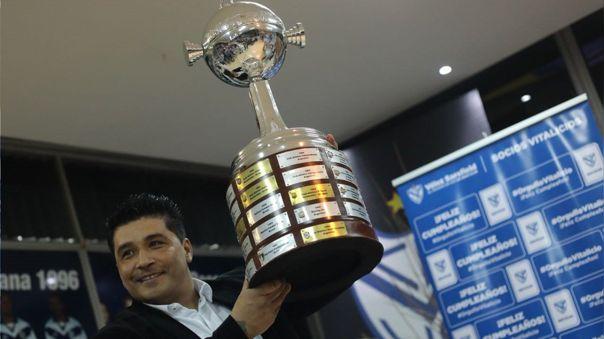 Omar Asad fue campeón de la Copa Libertadores 1994 con Vélez Sarfield
