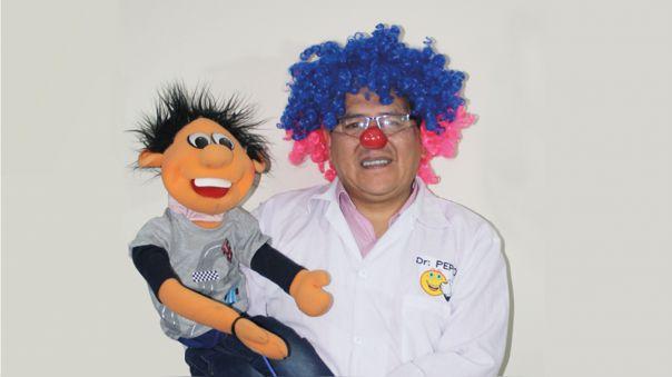 Alain Madueño, el psicólogo que da charlas gratuitas de pensamiento positivo a todo el Perú