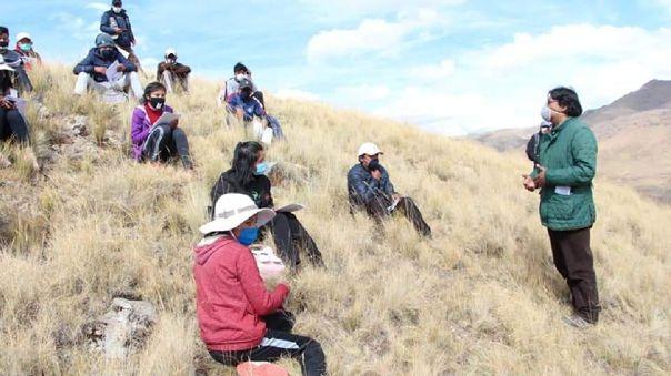 Niños de la zona andina de Puno tienen problemas para acceder a sus clases