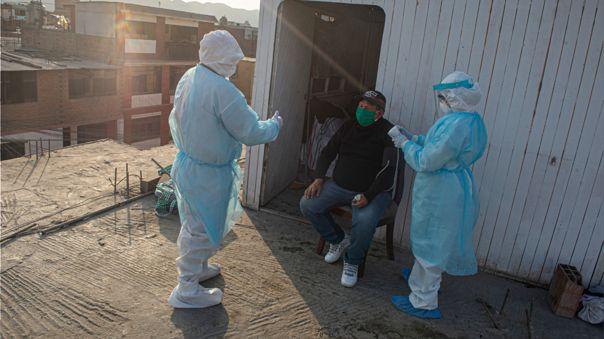 PERU-HEALTH-VIRUS-DOCTORS