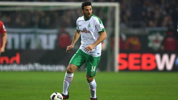Claudio Pizarro jugó en la derrota de Werder Bremen ante Mainz 05