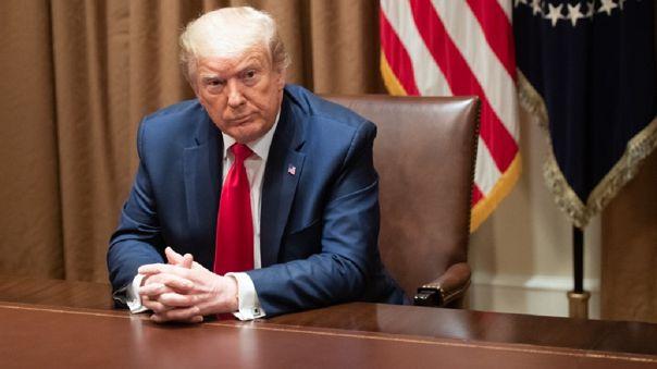 Trump reaccionó casi de inmediato al fallo y aseguró que su exconsejero pagará un