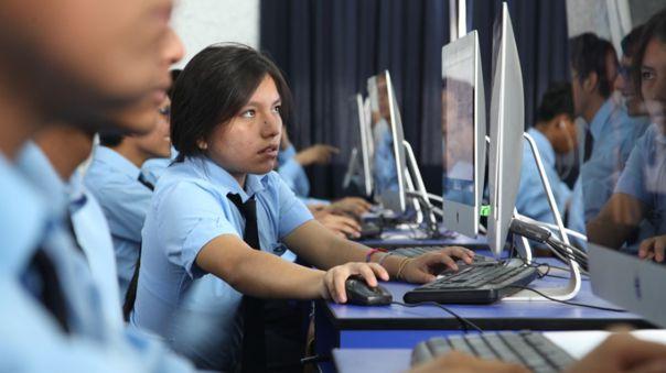 Gobierno destinó recursos para instituciones educativas.