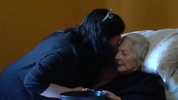 Miryam Cardilli ha cuidado de Delia desde un mes antes de la pandemia de coronavirus.