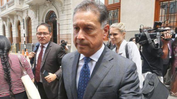 Gerardo Sepúlveda luego de que se dictó impedimento de salida del país en su contra.