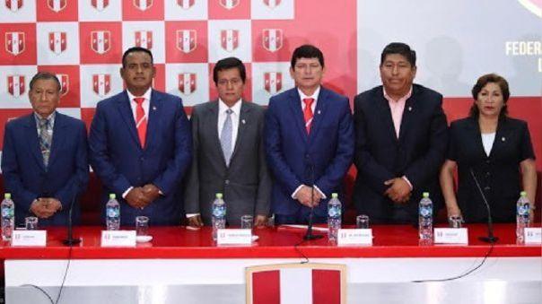 La Universidad San Martín solicitó a la Conmebol transparencia en el caso de la reventa de entradas que involucra a la FPF.