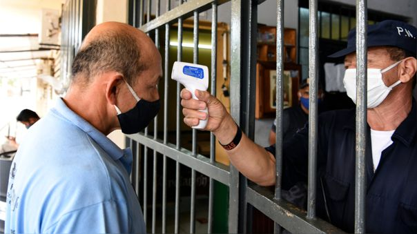 PARAGUAY-HEALTH-VIRUS-PRISON