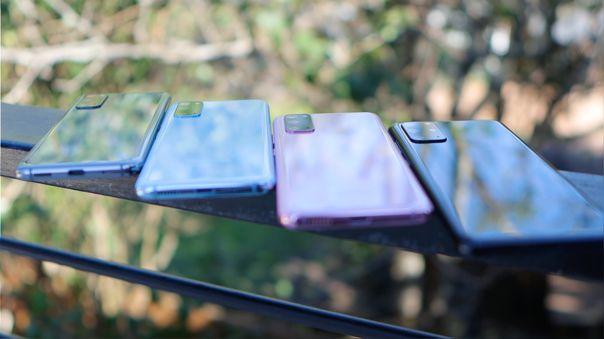 La gama alta de Samsung usa el Snapdragon 865 en Estados Unidos y el Exynos 990 en otras regiones.