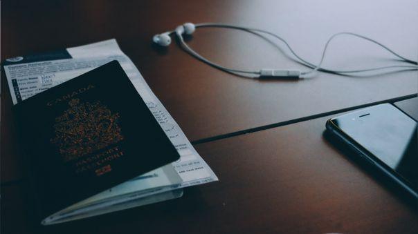 Nueva tecnología buscará llevar el pasaporte en el celular.