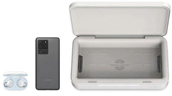 Los dispositivos más grandes, como el Galaxy S20 Ultra, entran en el cargador inalámbrico.