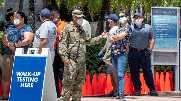 El anterior récord de casos diarios en Florida se estableció el pasado sábado y era de 9 585.