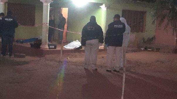 La policía confirmó que el suboficial ha tenido antecedentes de violencia intrafamiliar con una pareja anterior.