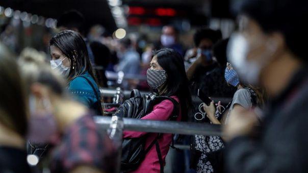 Sao Paulo continúa como el epicentro de la pandemia con más de 15 000 muertes y 300 000 infectados.