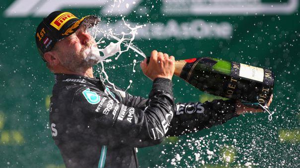 Valtteri Bottas celebrando su triunfo en el GP de Austria