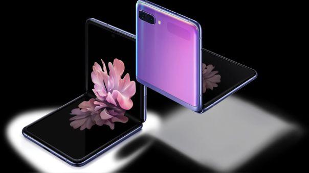 El Galaxy Z Flip es uno de los teléfonos más atractivos de 2020.