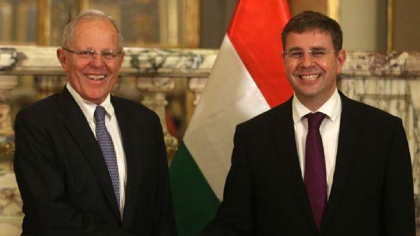 Gabor Kalea durante una visita a Palacio de Gobierno en el 2017, junto al entonces presidente Pedro Pablo Kuczynski.