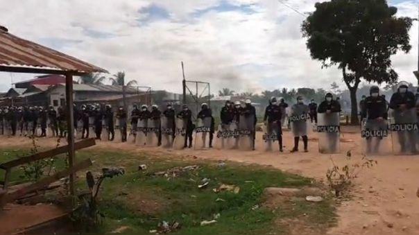 Policías participaron en desalojo en el distrito de Callería