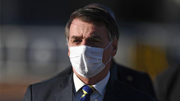 El presidente de Brasil, Jair Bolsonaro, se sometió este lunes a un test por sospechas de coronavirus.