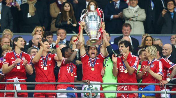 Claudio Pizarro fue campeón de la Champions League 2013-14