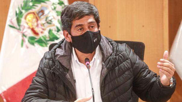 El ministro Carlos Lozada indicó que los vuelos nacionales reiniciarán este 15 de julio a excepción de las regiones de Arequipa, Ica, Junín, Huánuco, San Martín, Madre de Dios y Ancash.