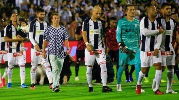 Alianza Lima al finalizar la fecha 13 se ubicaba en el puesto 13