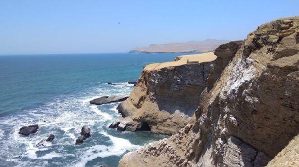 Grupos civiles indicaron que la construcción de un puerto de minerales en la zona de amortiguamiento, perjudicaría el ecosistema de la Reserva Nacional de Paracas.