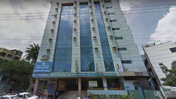 Este es el segundo hospital involucrado en la falsificación de pruebas de COVID-19 después de que las autoridades clausurarán dos clínicas del Hospital Regent.