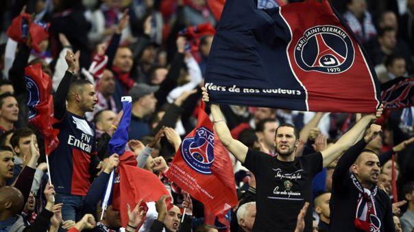 Por los hinchas del PSG: gobierno francés amenaza con tener partidos sin público