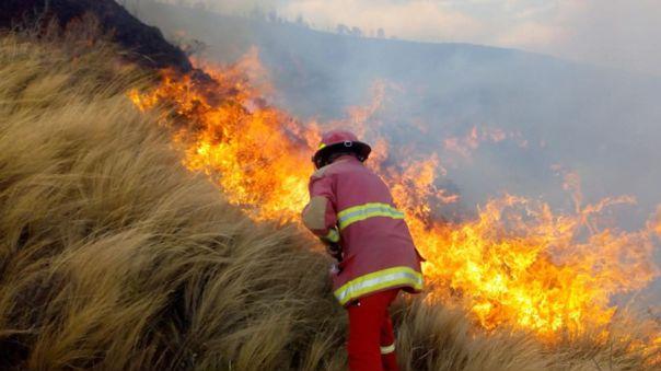 El IGP indica que la mayor ocurrencia de estos incendios se da en regiones de los Andes.