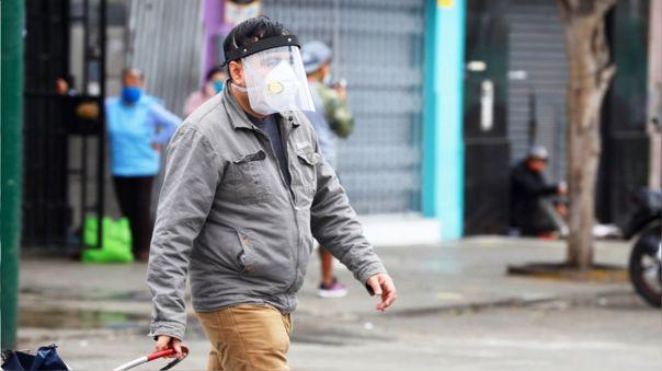 Desde el lunes 27 de julio usuarios que no cuenten con protector facial no podrán usar el transporte público.