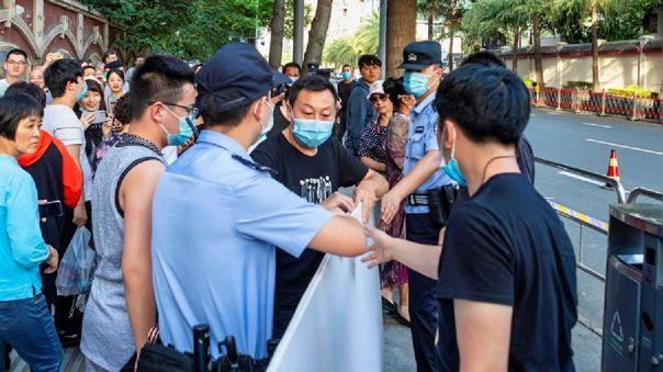 Hong Kong está inmersa en una tercera oleada de contagios de COVID-19 y se espera que hoy se confirmen unos 140 nuevos casos.