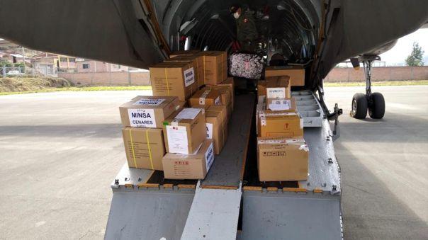 Parte del cargamento partió del Grupo Aéreo N° 8.