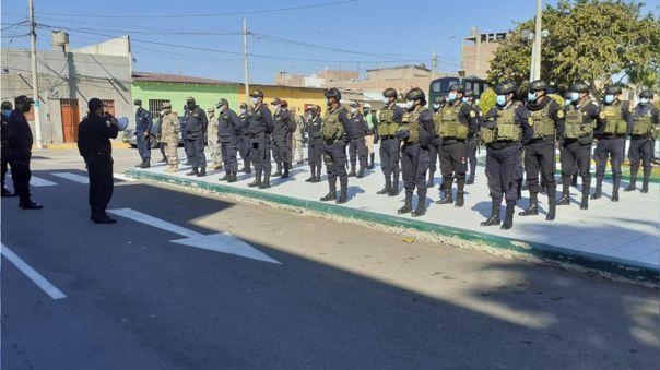 Policías vencieron al nuevo coronavirus y regresaron a sus labores.