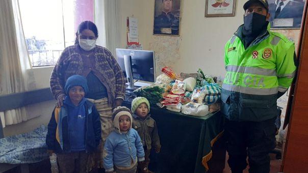 Policía de distrito de Arcata donó alimentos para madre y sus cinco hijos.