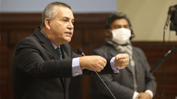 El congresista Daniel Urresti adelantó que su bancad , por el momento no pretende darle el voto de confianza al Gabinete Cateriano.