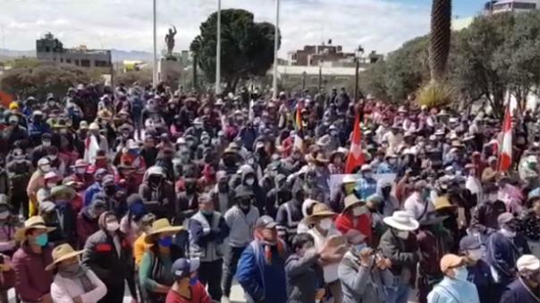 Los comuneros de Espinar (Cusco) se mantienen en pie de lucha desde hace 18 días.