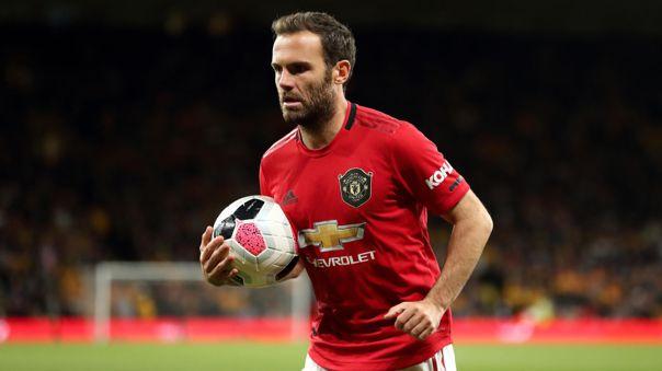 Si daba pase era gol del United: Juan Mata pecó de egoísta en la Europa League