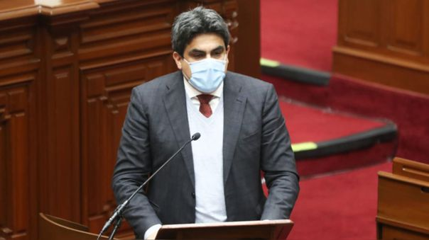 El ministro de Educación no convenció al Parlamento, el pasado martes, cuando se presentó ante Pleno durante el voto de confianza del Gabinete Cateriano.