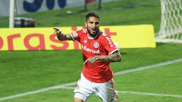 El delantero peruano le dio la victoria a Inter de Porto Alegre ante Coritiba por la primera fecha del Brasileirao