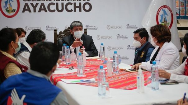 Autoridades de Ayacucho saludan inicio de la cuarentena obligatoria.