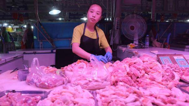El miércoles en la ciudad china de Wuhu encontraron trazas de coronavirus en el empaquetado de camarones importados de Ecuador.