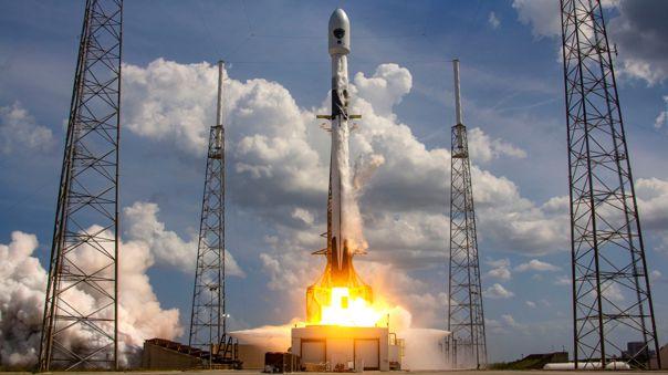 El cohete Falcon 9 ha tenido seis misiones exitosas y ha retornado a salvo para ser reutilizado