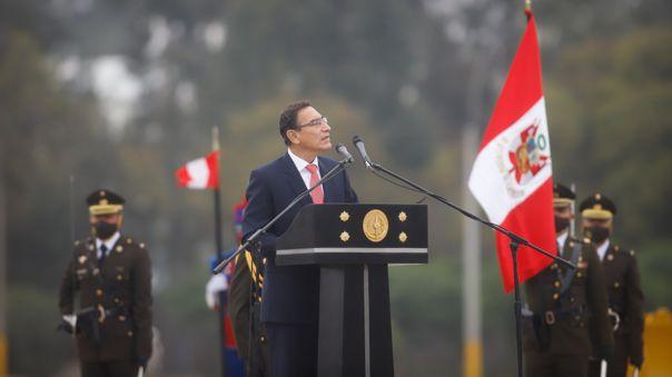 Vizcarra participó de la ceremonia por el 199.º Aniversario de Creación del Ejército Republicano.