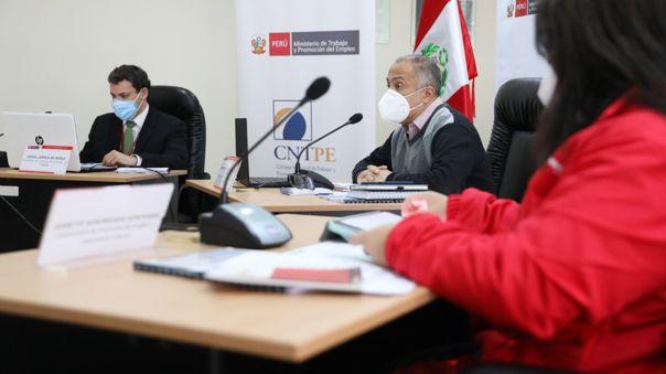 Ministro Palacios señaló el sentido de urgencia con el que se debe actuar.